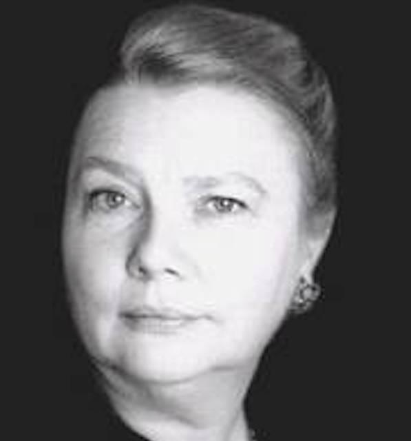 Sylvie OUSSENKO